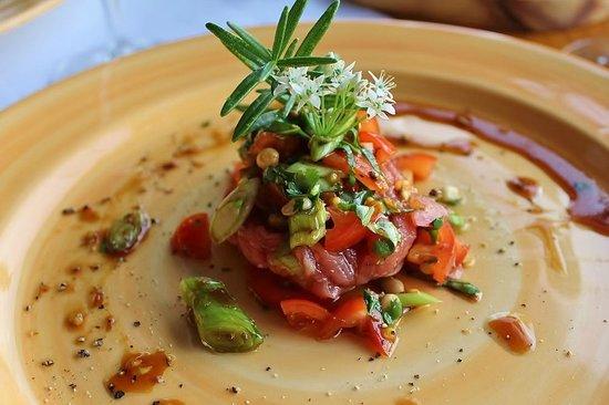 Fraai Uitzicht Restaurant: steak tartare