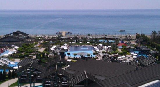 Limak Lara De Luxe Hotel&Resort : view from our room 5th floor