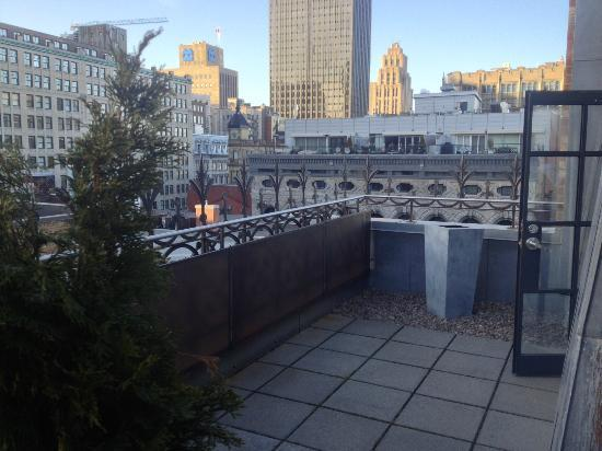 Hotel Gault: rooftop patio room