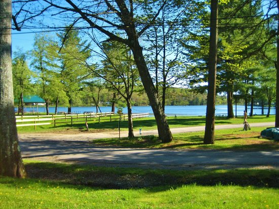 Yogi Bear's Jellystone Park - Cooperstown : a view of the lake from a non lake side site.
