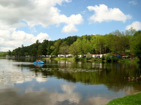 Yogi Bear's Jellystone Park - Cooperstown: a view from a lake side site