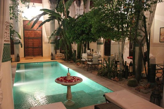 Riad Slitine: Riad - piscine
