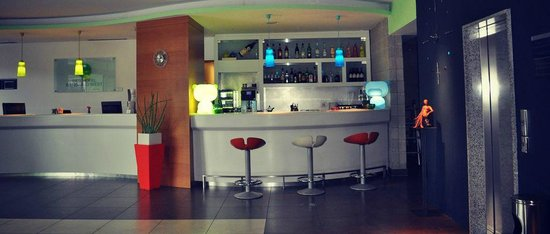Bes Hotel Bergamo West: Bar