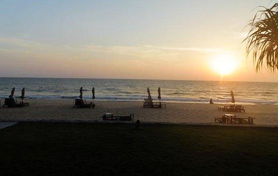 Aleenta Resort & Spa Phuket Phangnga: Sonnenuntergang