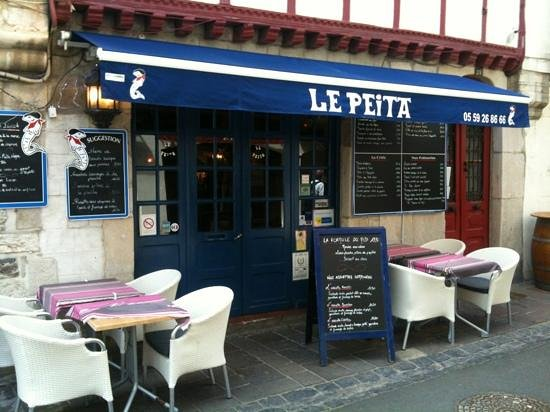 Le Peita: terrasse avril 2013