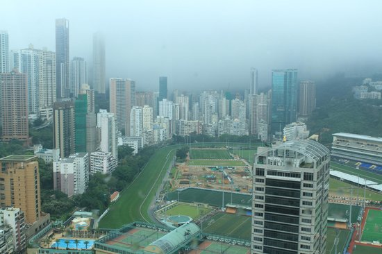 BEST WESTERN Hotel Causeway Bay: View from 3510 in the morning
