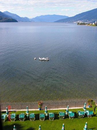 Hotel Regina: lago di mattina visto dal balcone