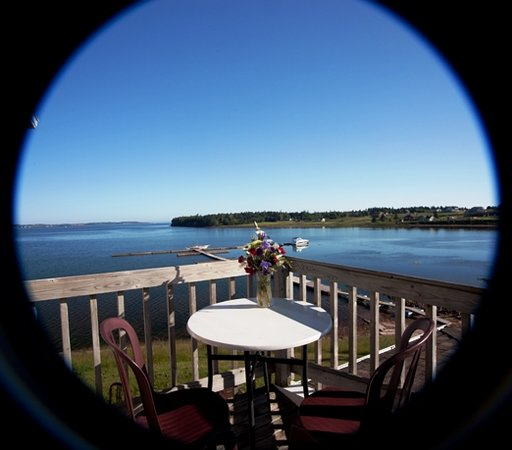 Inn at the Pier: water front patio