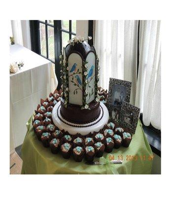 Benn Conger Inn: 70th Birthday Cake