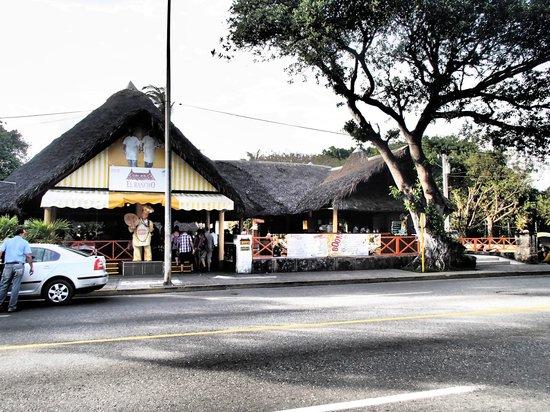 Hotel Club Kawama: El Rancho restaurant