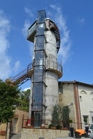 Borgo la Fornace: The old water tower - penthouse suite!