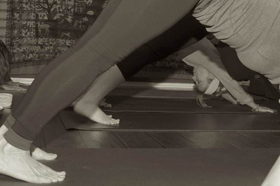 The Art of Massage and Yoga Therapy : A pause in between