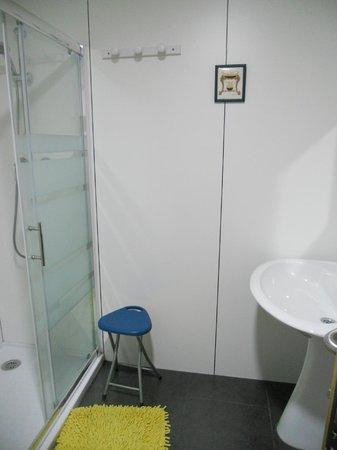 Hostel Hemingway: Uno de los baños