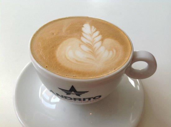 MiiT Coffee: nice latte art