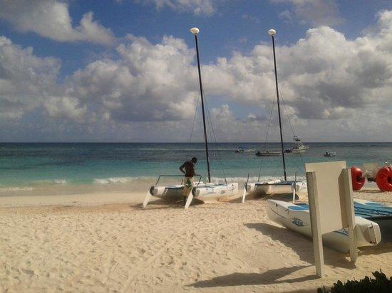 Pineapple Beach Club Antigua: Strand einfach schön
