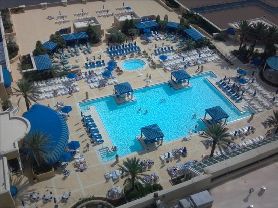 Beau Rivage Resort & Casino Biloxi: pool view pic 2