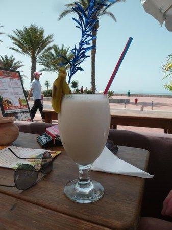 S'caro'll: celui ci, c'est un milk shake..     :)