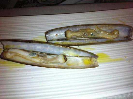 Arros I Peix: Razor clams