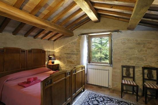 Le Gorghe di Valmarino: Camera da Letto matrimoniale appartamento Moraiolo