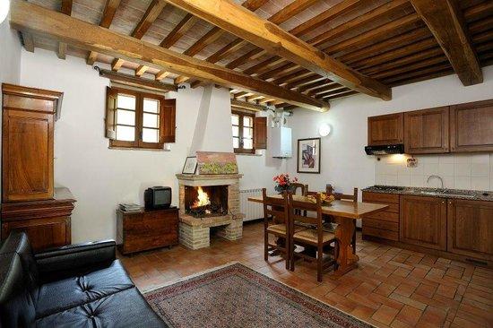 Le Gorghe di Valmarino: soggiorno/cucina appartamento Taggiasca