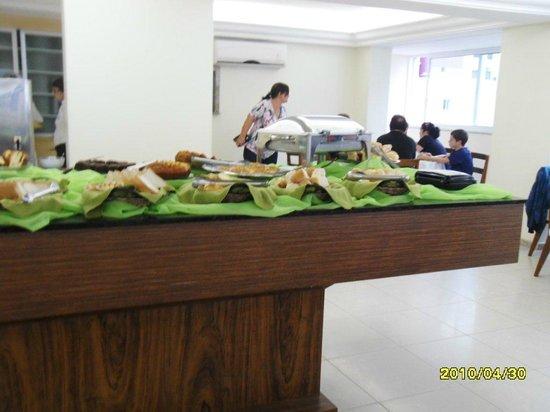 Sanfelice Hotel: mesa de comida