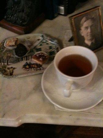 Castle Marne Bed & Breakfast : high tea