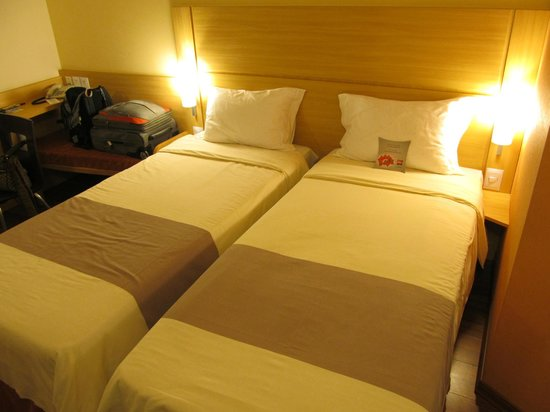 Ibis Larco Miraflores: Twin Double bed
