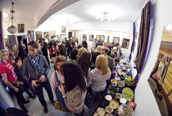 J&J Davies Gallerie Art Gallery