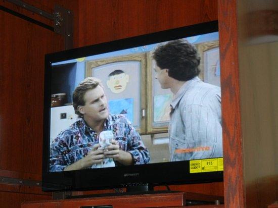Winslow Inn: New tv