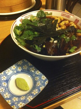 Bily jerab : Vegetarian pho (I ordered mine without the egg)