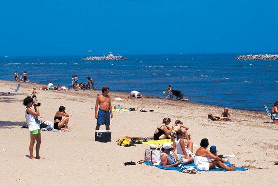 Centennial-Cedar Bay Beach