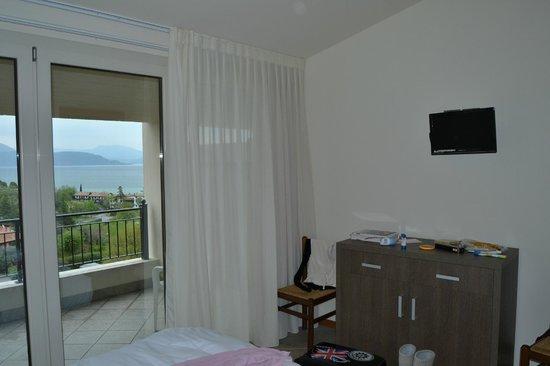 Hotel Belvedere : camera con vista lago