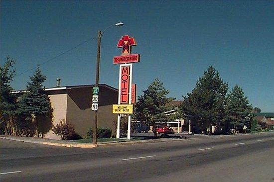 Thunderbird Motel: Property approach