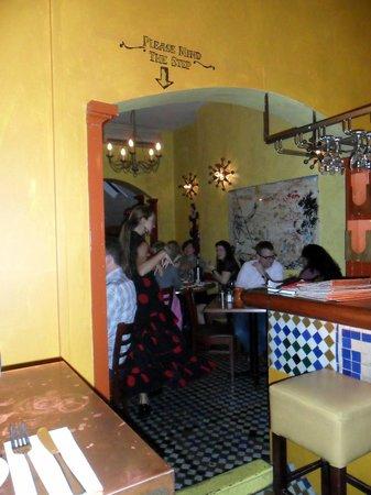Al-Andalus Tapas: Flamenco!