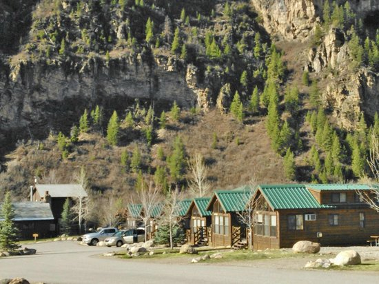 Glenwood Canyon Resort cabins April 2013