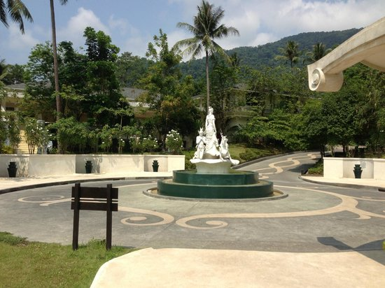 Mercure Koh Chang Hideaway Hotel: Entry
