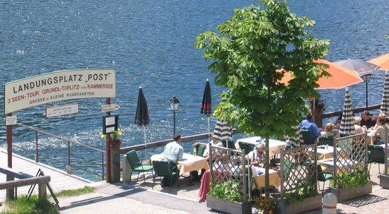 Restaurant Post am See: Terrasse vom Restaurant POSTamSEE direkt am Grundlsee