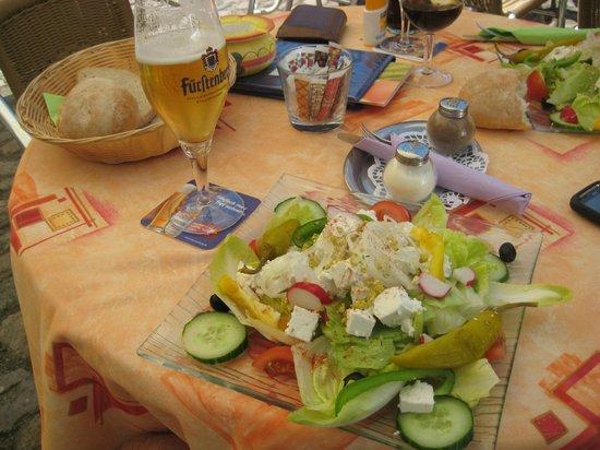 Kaffeebohne: What a salad!