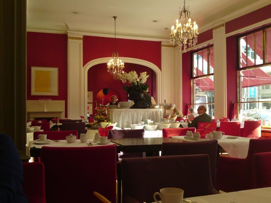 Restaurant Weinrot: I dagslys