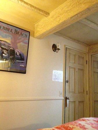 Monte Verde Inn: Front Door of Room 8