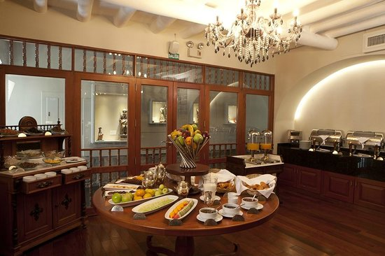 Aranwa Cusco Boutique Hotel: Breakfast selection.