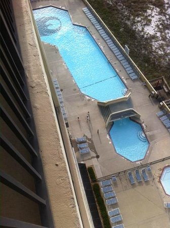 Phoenix Condominiums: View of the outdoor pool from 12th floor balcony