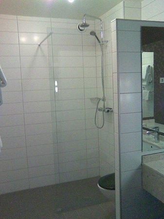 Radisson Blu Hotel, Malmo: Duschbereich