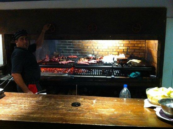 La Vaca Parrilla: The grill