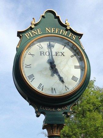 1st tee clock @ Pine Needles , Picture of Pine Needles Golf