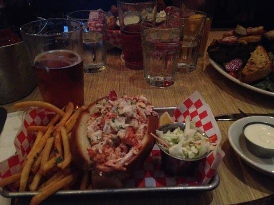 Woodhouse Fish Company: lobster roll!