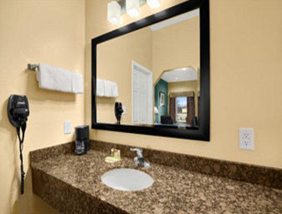 Days Inn Kilgore: Vanity Area