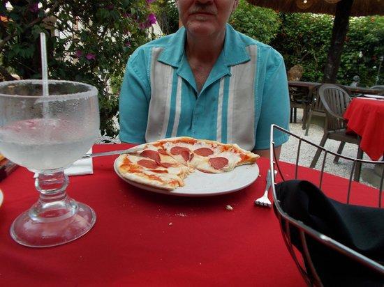 Mayan Bistro: pizza