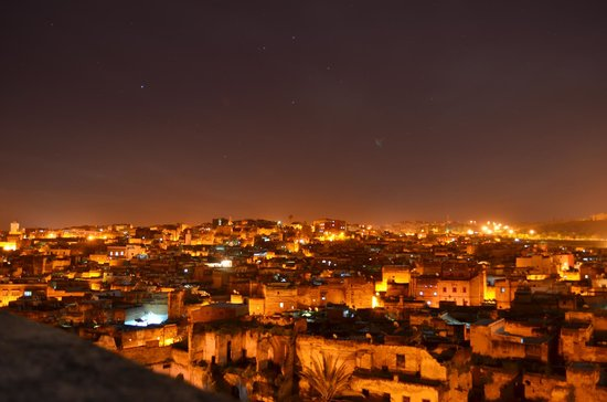 Dar Seffarine: View from the roof at night