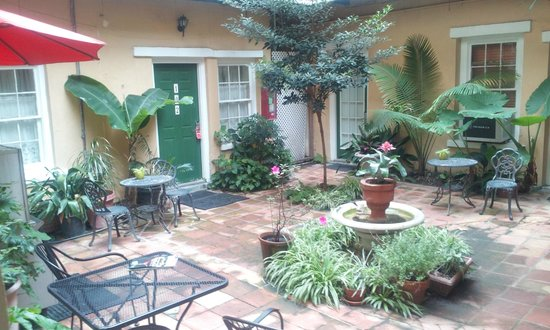 Hotel Villa Convento: The courtyard